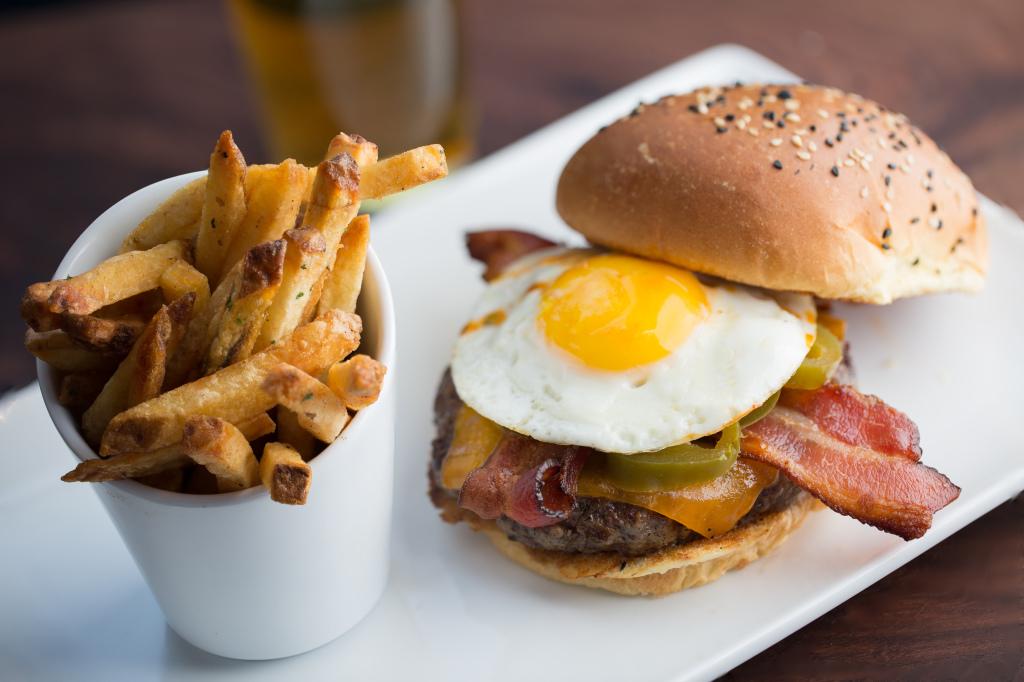 Jalapeño Egg Burger