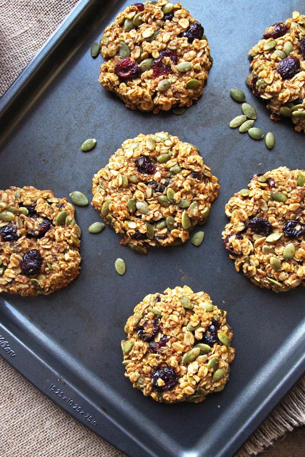 Healthy Pumpkin Breakfast Cookies from Leelalicious