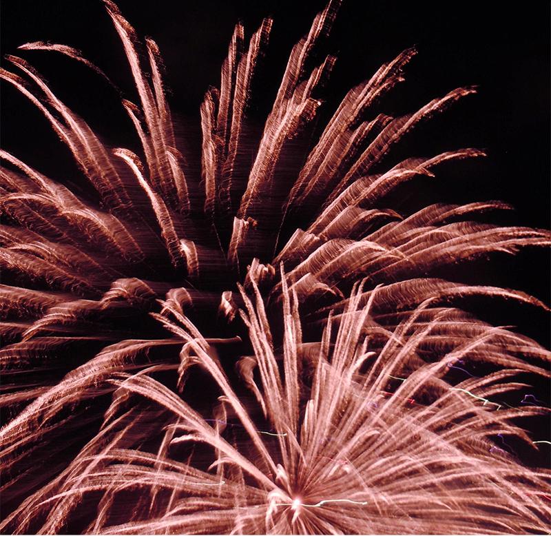 fireworks in woodland hills 1